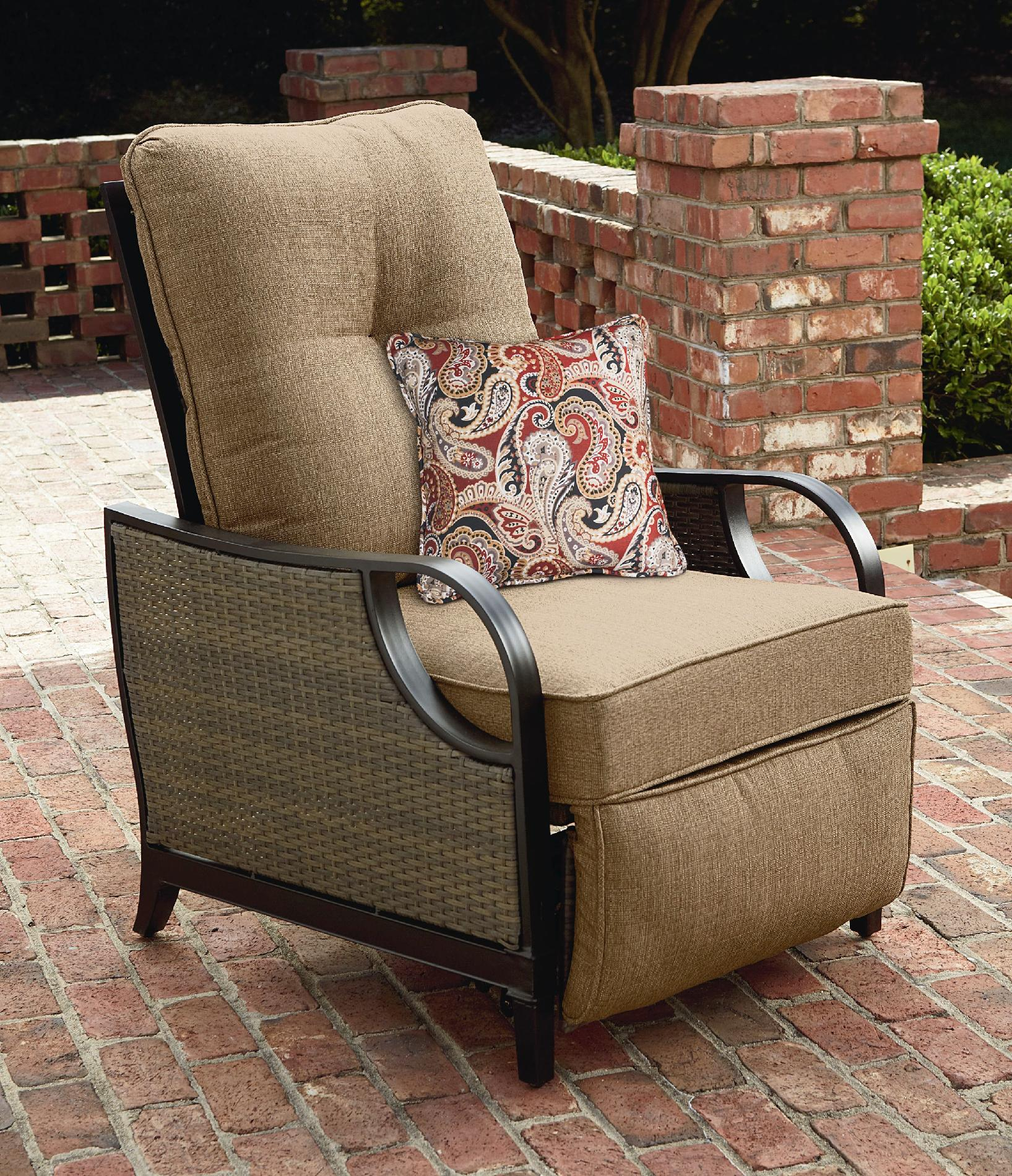 La Z Boy Lazy Outdoor Furniture Charlotte Patio Recliner