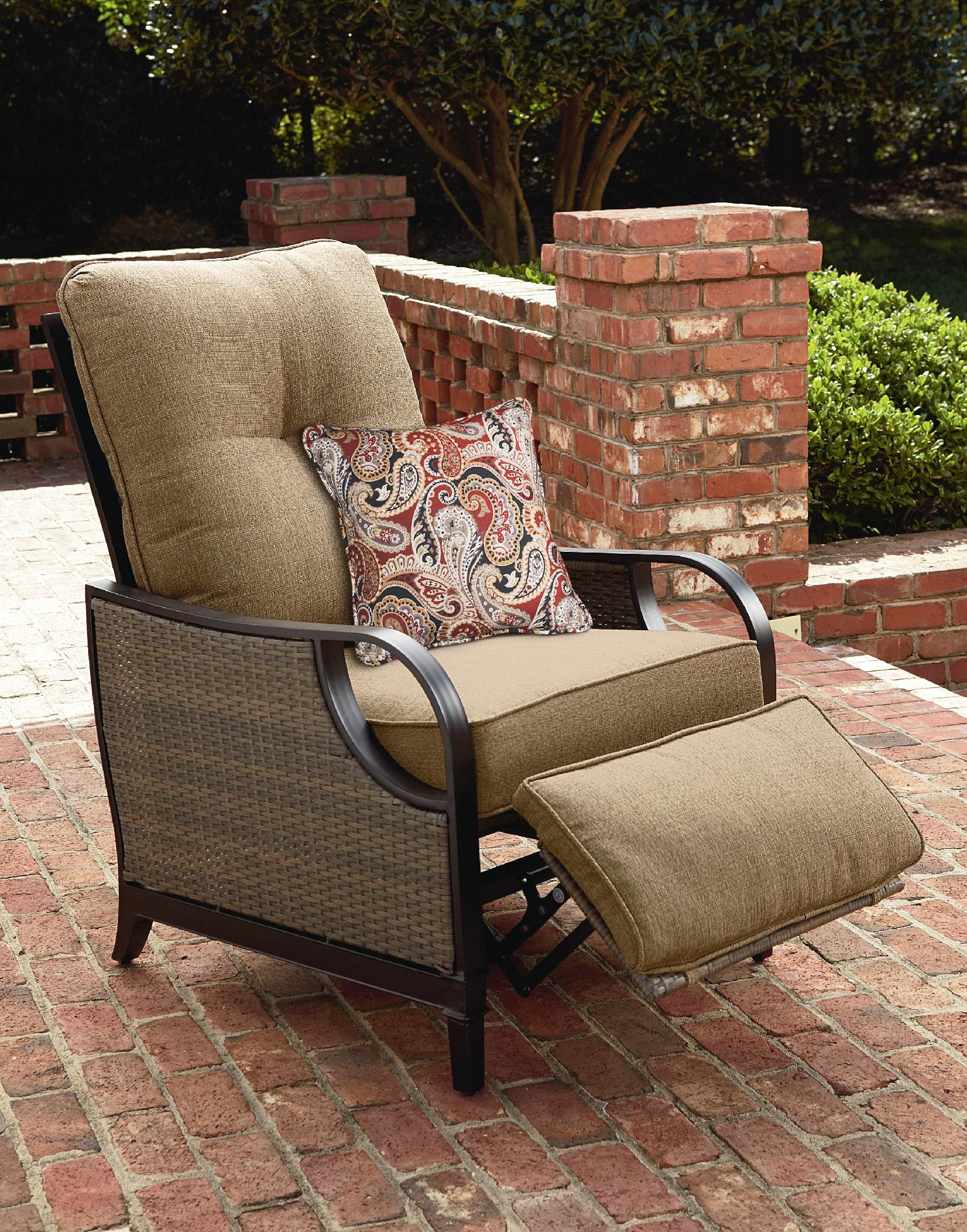La Z Boy Lazy Outdoor Furniture Charlotte Patio Recliner Brown Frame Tan Pillow